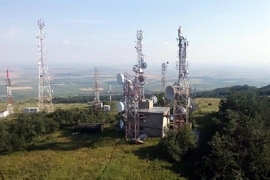 antene si relee pe vârful istrița